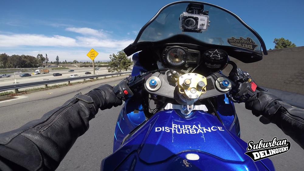 gsxr-wheelie.jpg