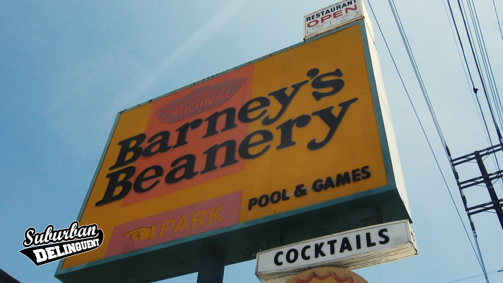 barneys-beanery-west-hollywood.jpg