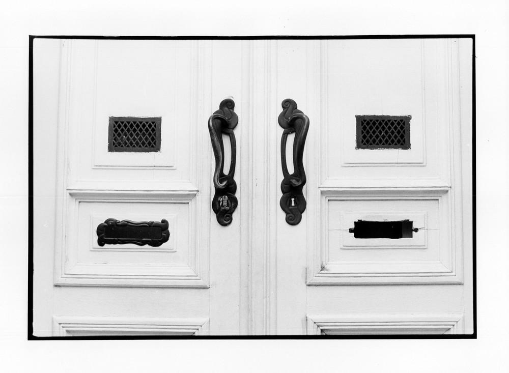 Porte, Bruxelles 2012 24x36 cm