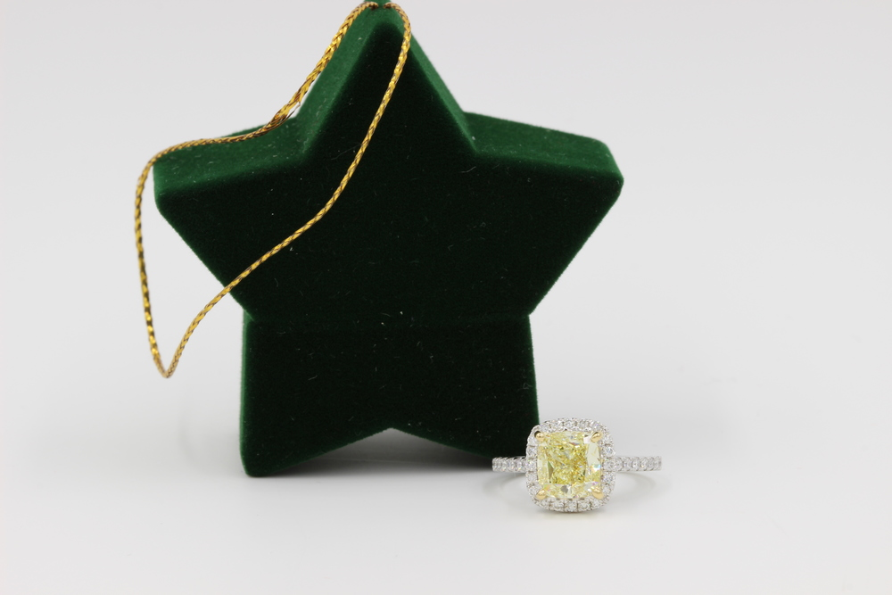 Christmas Ornament Engagement Ring Gift Motek Diamonds Dallas TX.JPG.JPG