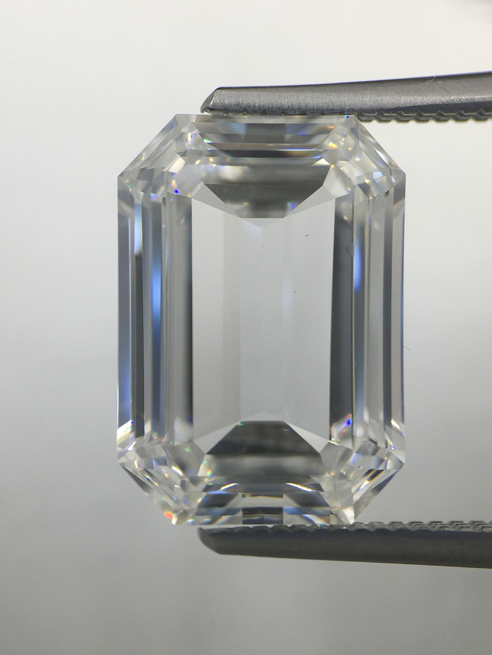 Emerald Cut Diamond - Motek Diamonds by IDC - Dallas, TX