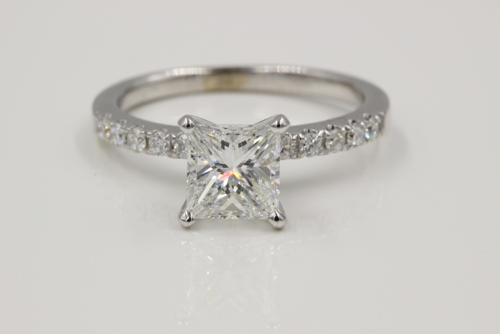Princess cut diamond engagement ring made by Motek Diamonds