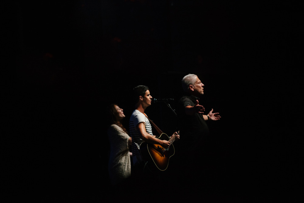 Louie Giglio - Kristian Stanfill - Molley Moody