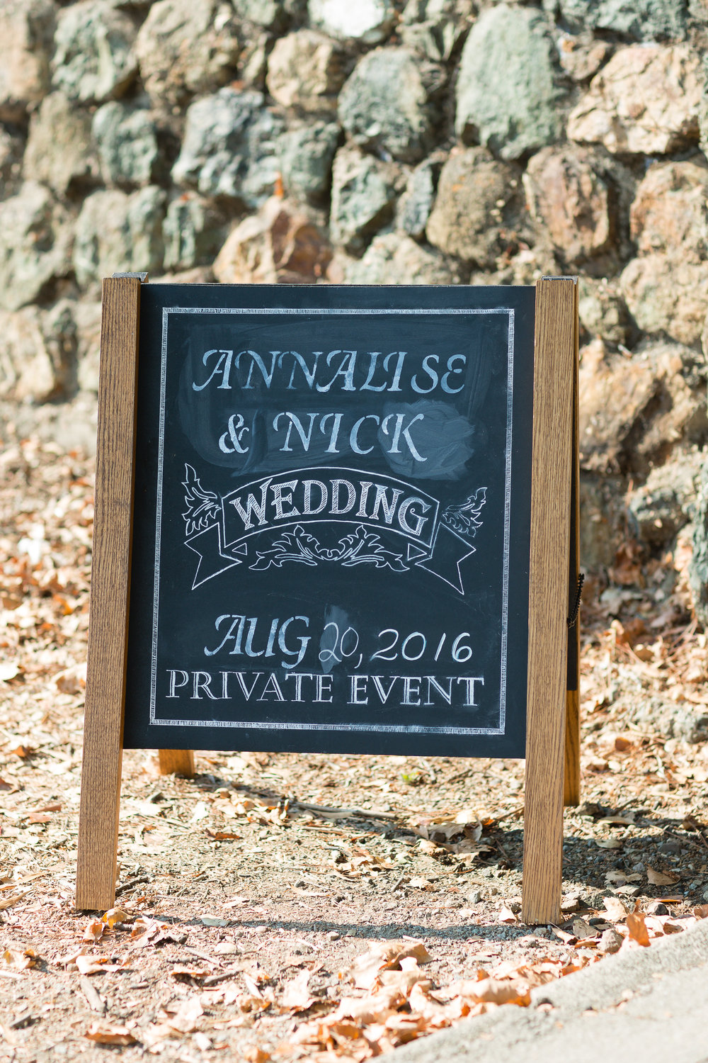 Annalise-Nick-Maple-Lawn-Wedding-1.jpg
