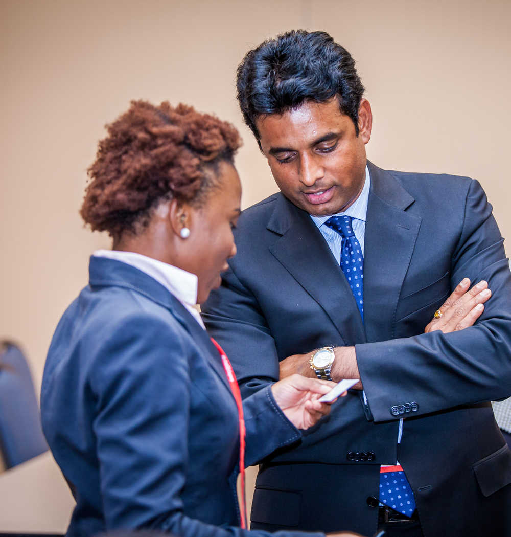 2014 Student Entrepreneur Program participant receives feedback from a Corporate Member