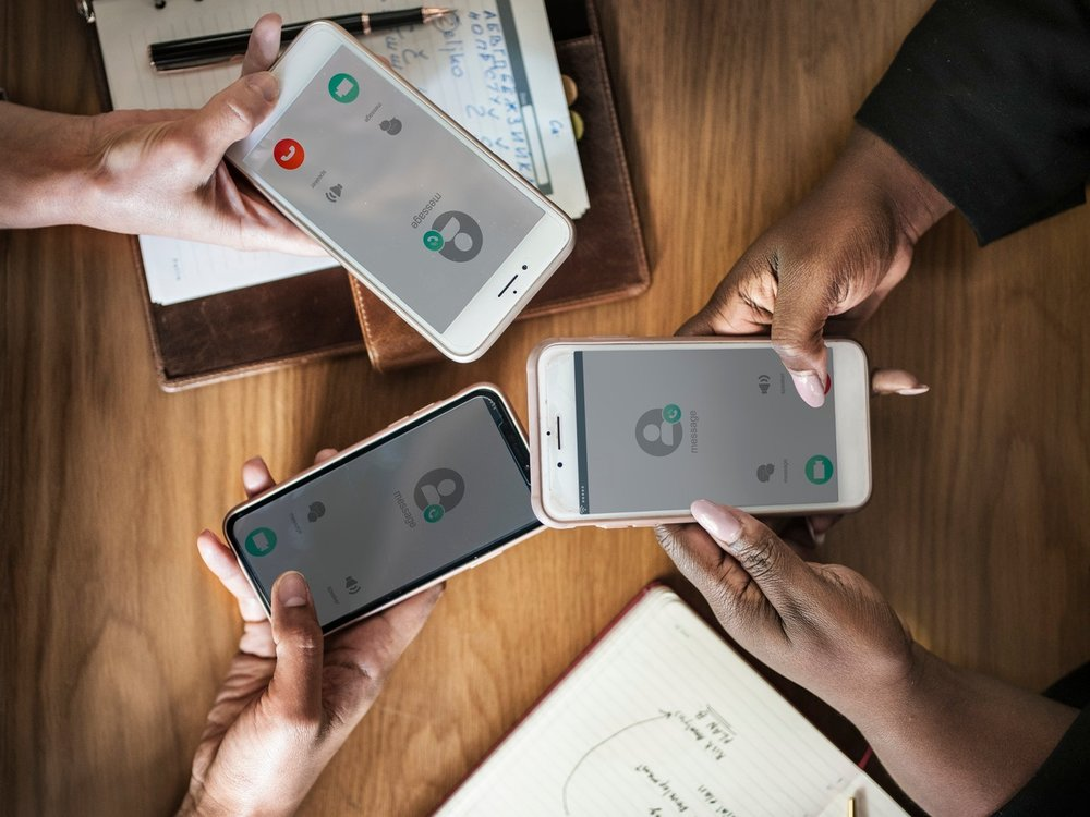 phone 4.jpg