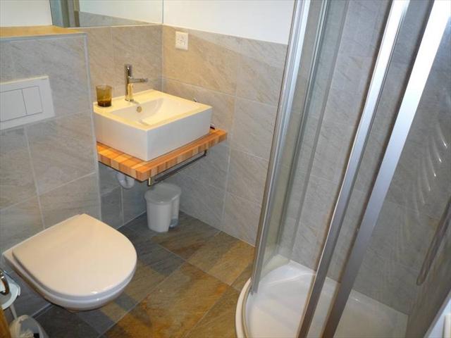 Chalet LA MARMOTTE— Salles de bain