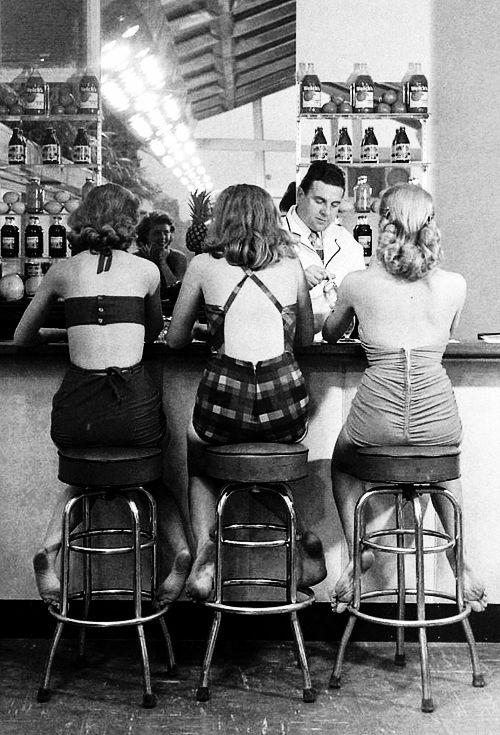 Senator Hotel, Atlantic City, 1948. Photographed by Nina Leen