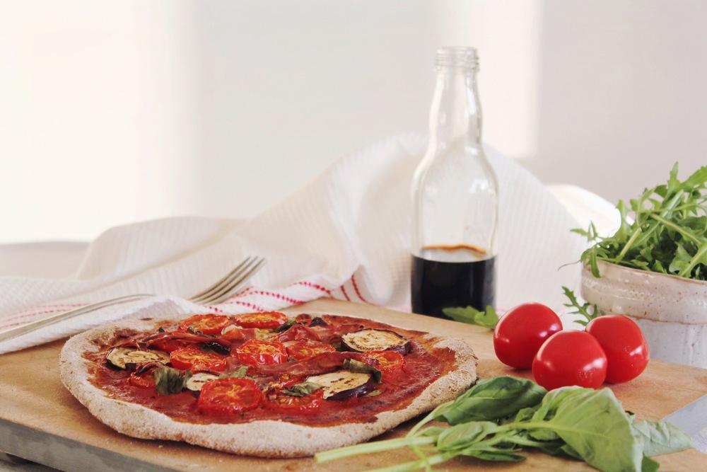 Eggplant and prosciutto Spelt Pizza