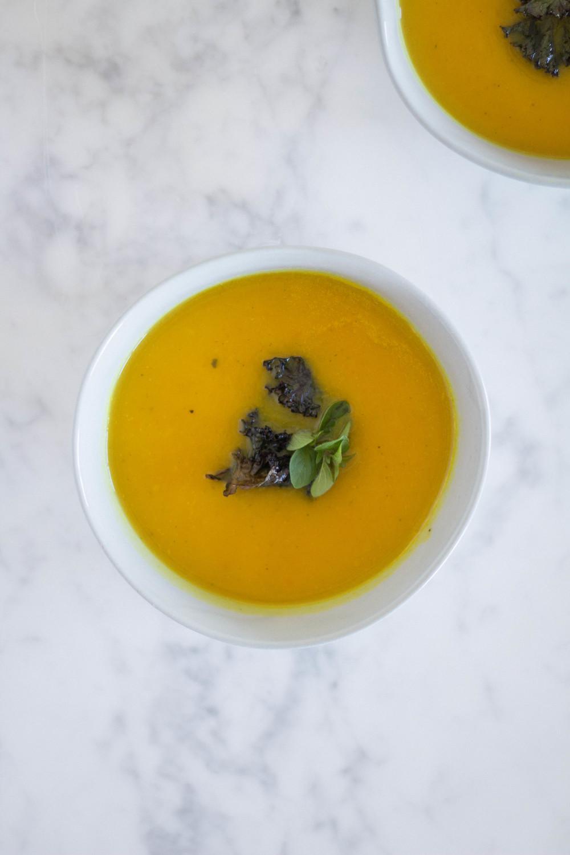 roasted butternut squash soup www.letstalkevergreen.com
