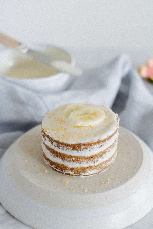 mini banana cakes www.letstalkevergreen.com