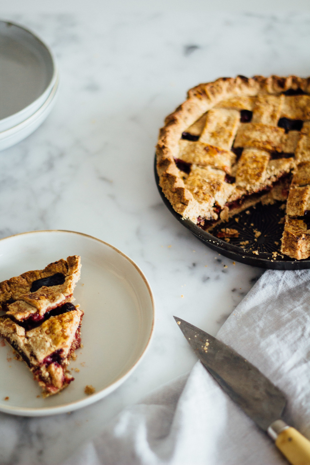 cranberry sage winter pie