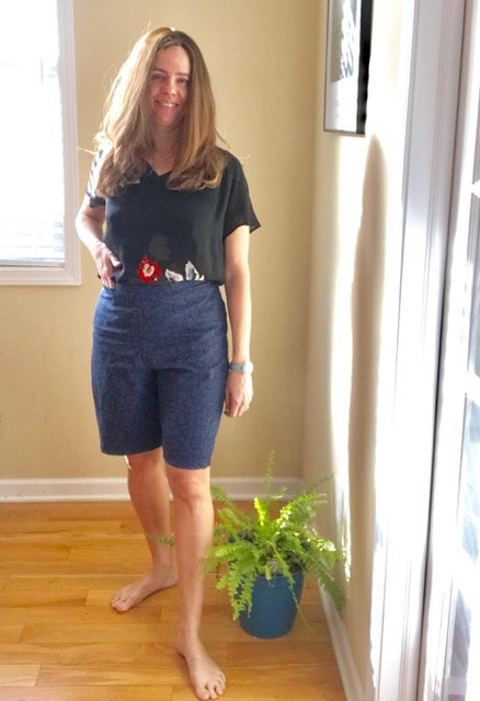 The great fitting Bermuda Shorts sewing pattern, by Ann Normandy Design. Sewn by Ann Siegle.