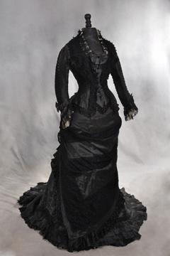 roger-formal-dress_360_0