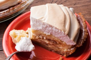 A delicious Banana Pudding Pie from the Back Dough!