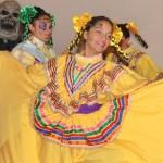 Celebraciones_ChicaBailar