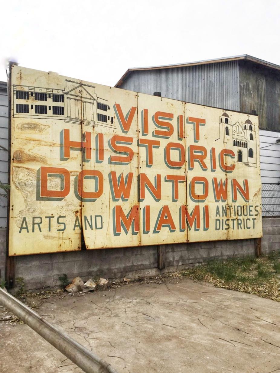 Miami Sign-01.jpeg