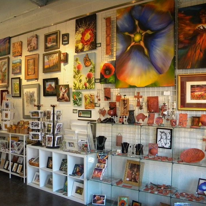 Various Artist Represented at Hart of Az Gallery
