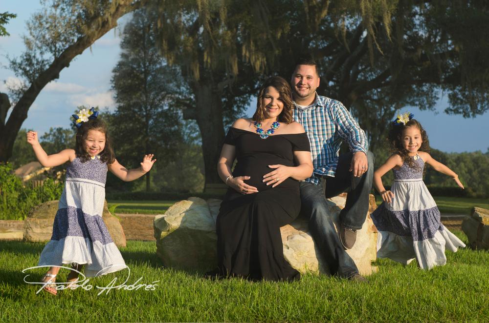 Rosario Family Aug 2015-2.jpg