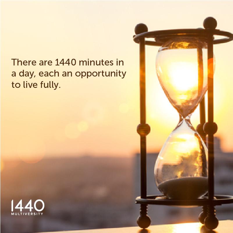 hourglass_1440MV_FB_IG.png