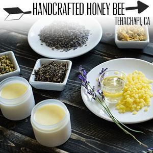 www.handcraftedhoneybee.com