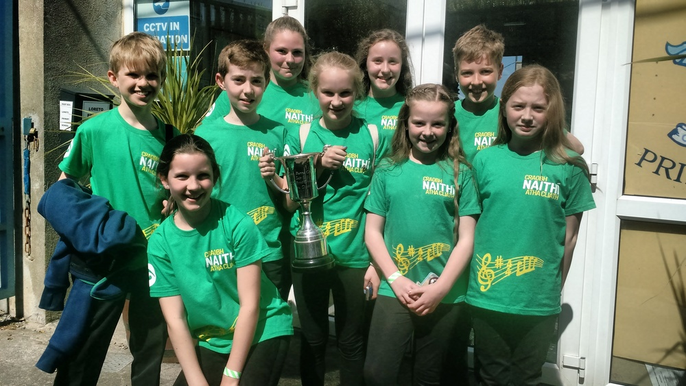 Enjoying their win - U12 Céilí Band - 1st place!