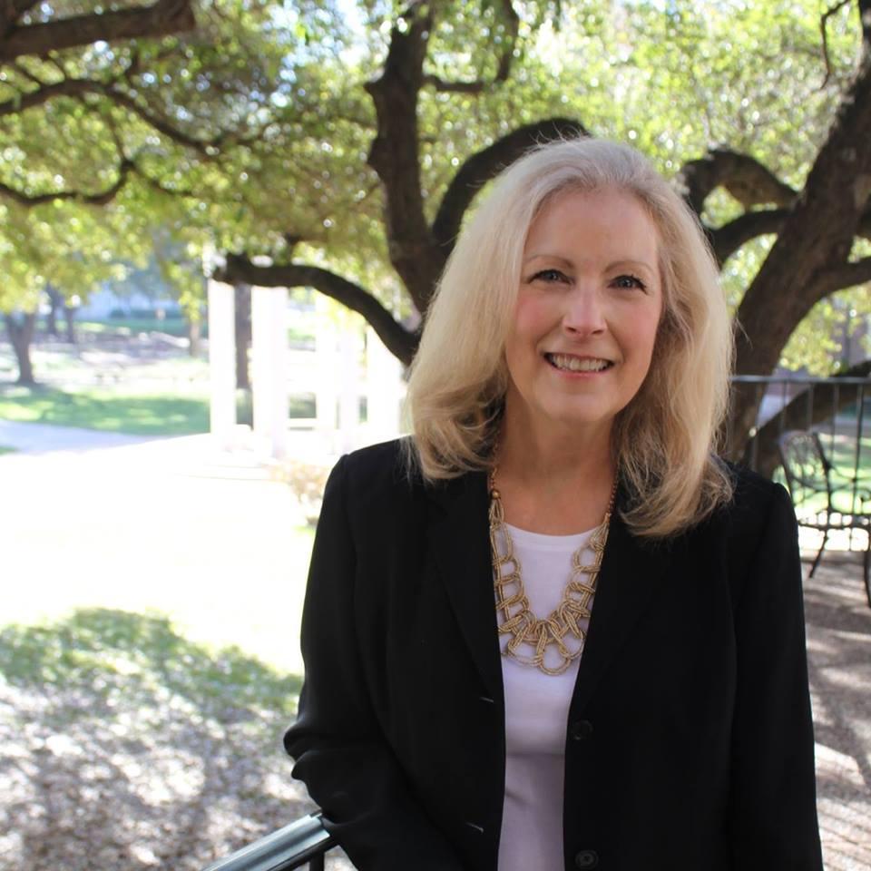 Elizabeth Lang Miers - Justice, 5th CT of Appeals, Dist, PL 13   Website    Facebook