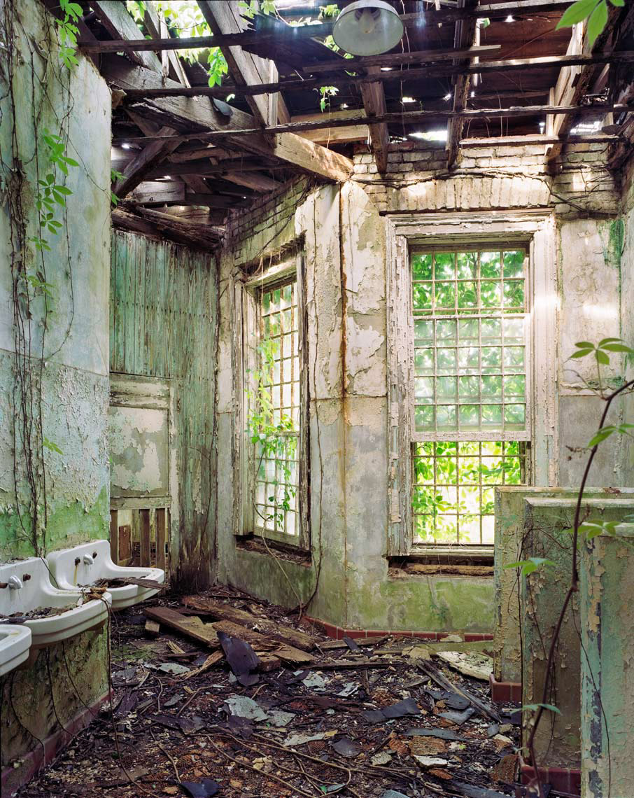 Asylum_025.jpg