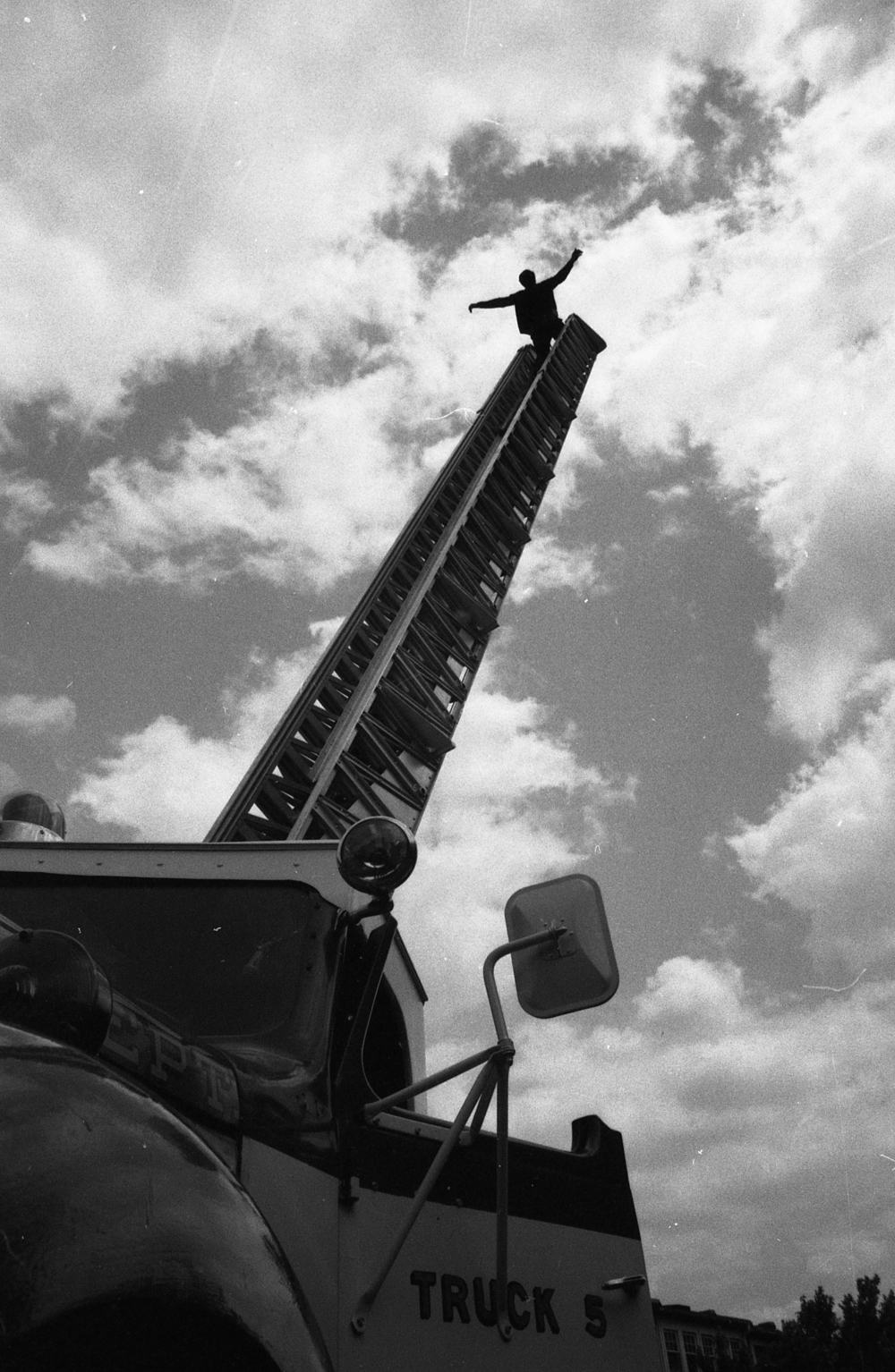 Picture 02: Fire Truck Demonstration