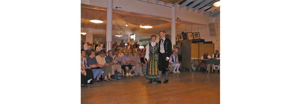 Uppdansning 1999 - Ross & Linda earn Bronze Medal