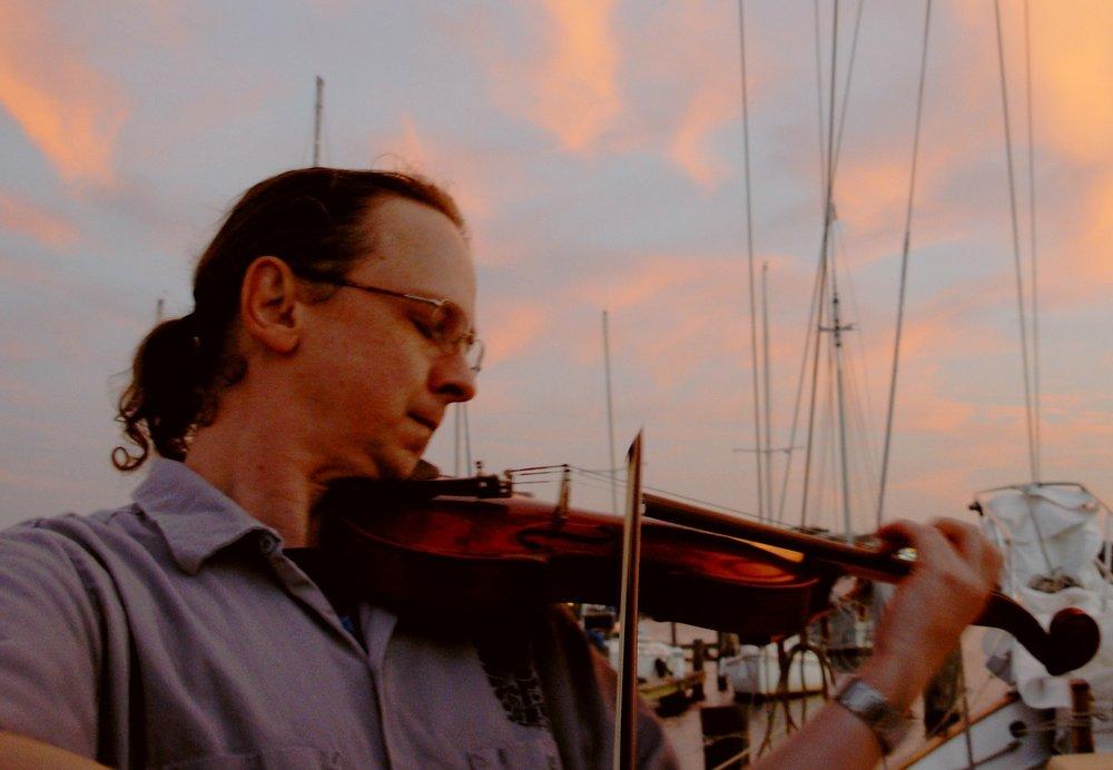 Paul Carlson    (Violin)