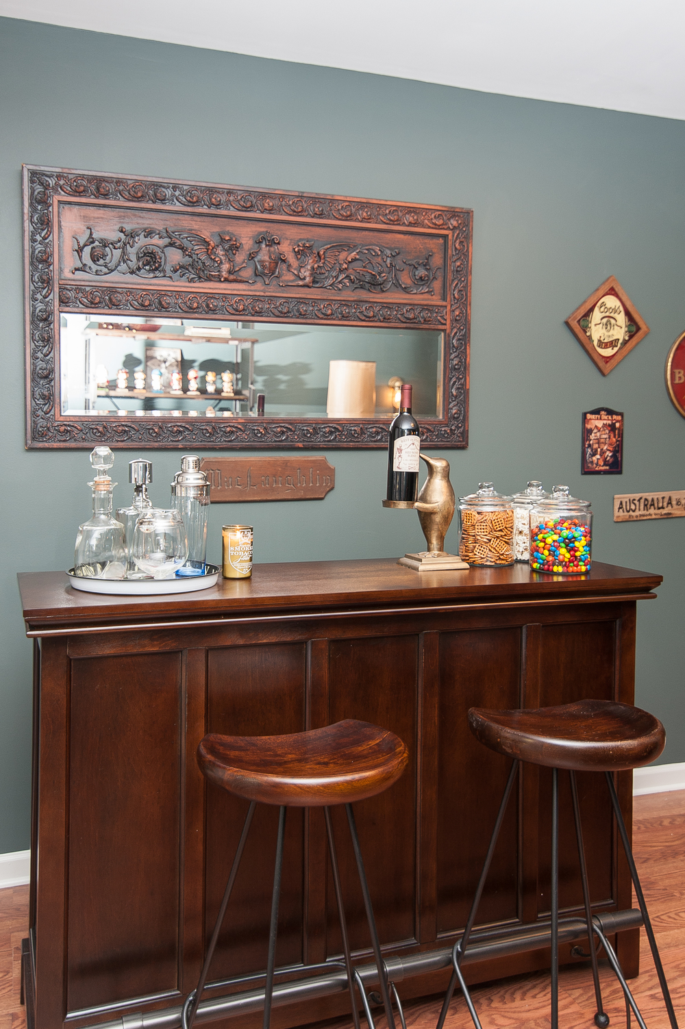 Artful Interiors - Bachelor Pad - Bar