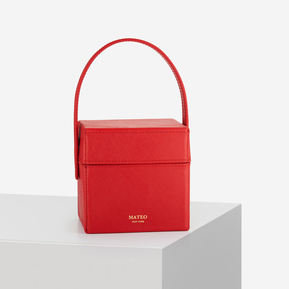The Catherine box bag. - Discover our latest creation.