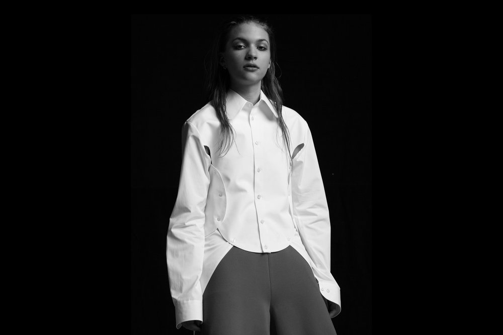 Button down shirt by WALTER VAN BIERENDONCK, Shorts by XIAOLI