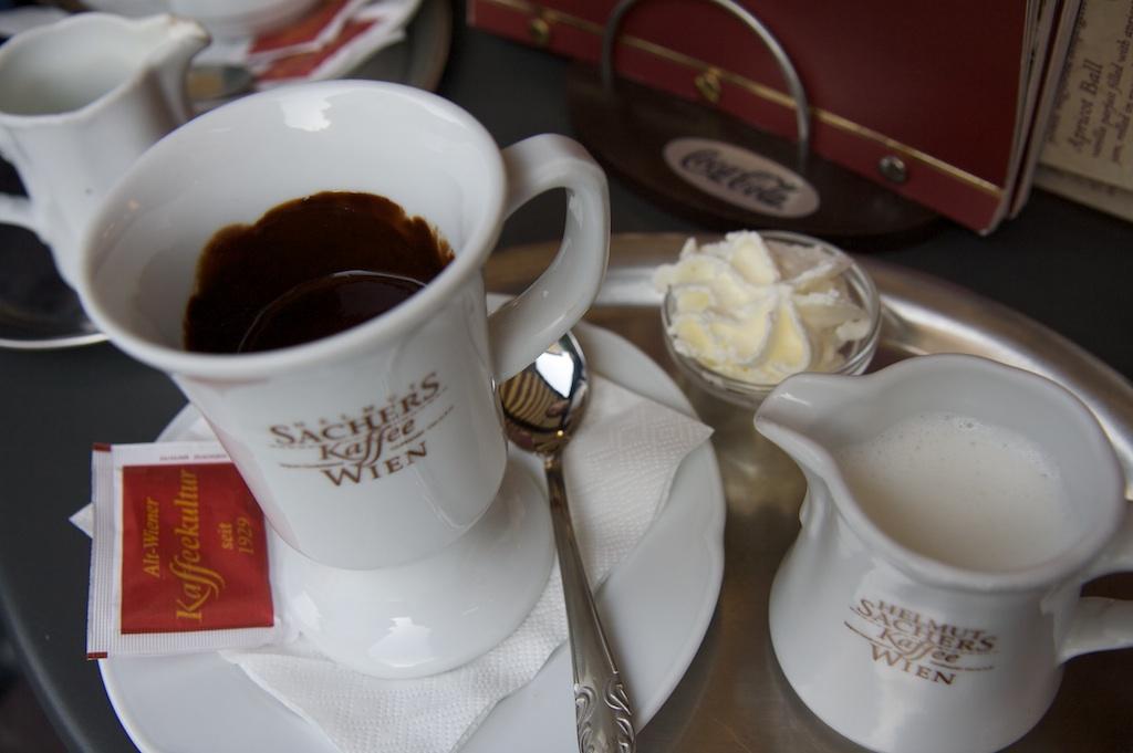 Mmm, Szentendre drinking chocolate!