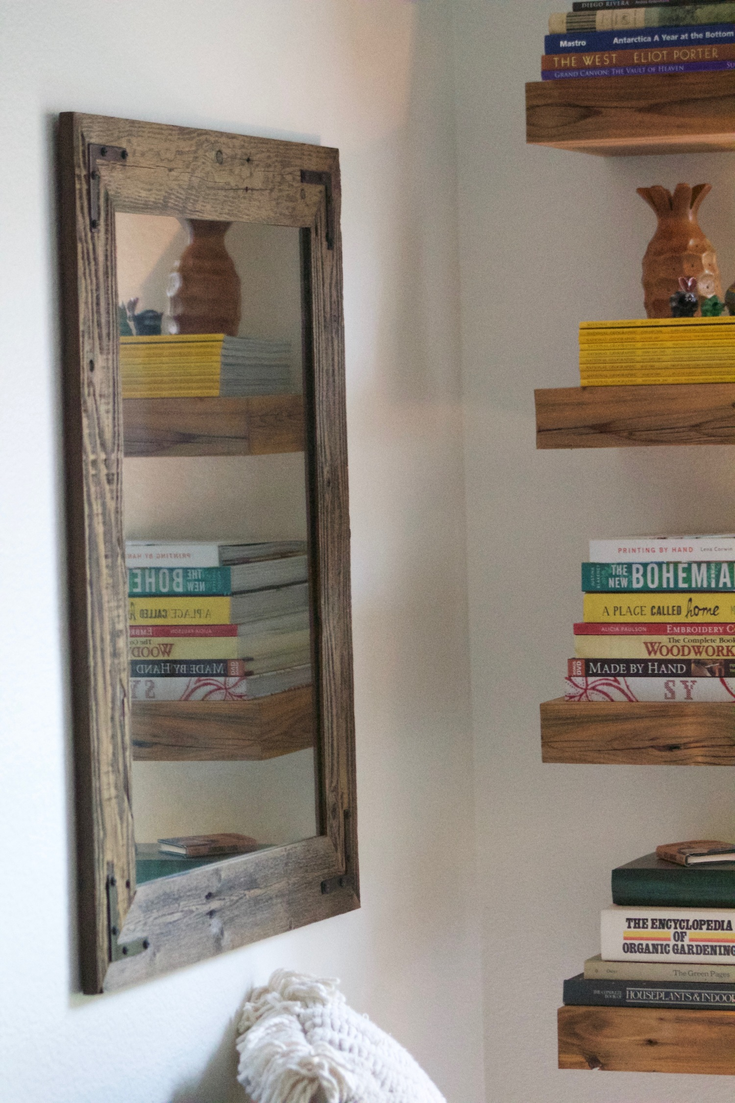 24 x 30 Framed Mirror Handcrafted With Reclaimed Wood - 24 X 30 Framed Mirror Handcrafted With Reclaimed Wood €� Hurd & Honey