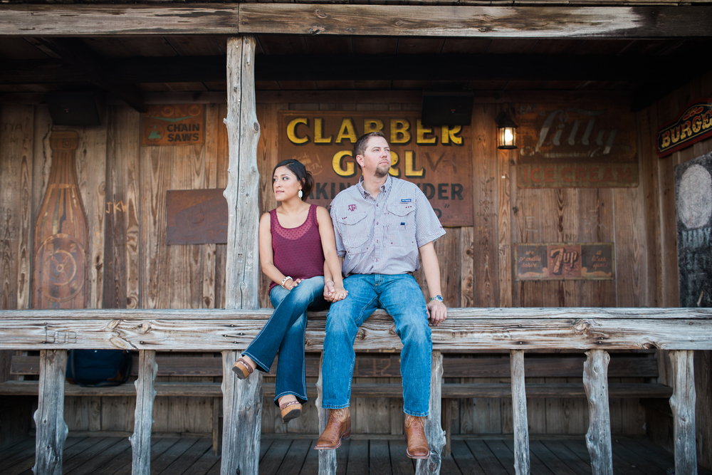 dixie-chicken-engagement-session-05