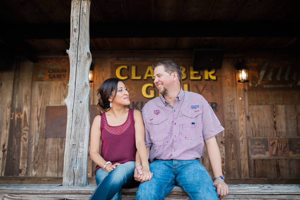 dixie-chicken-engagement-session-07