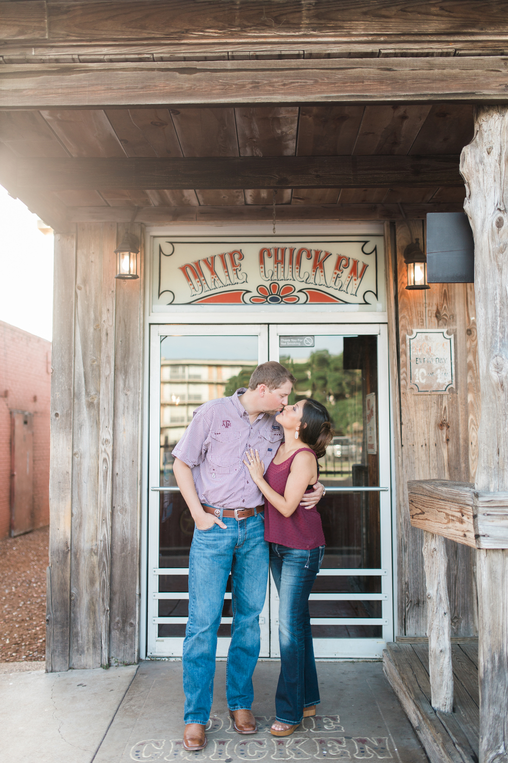 dixie-chicken-engagement-session-08
