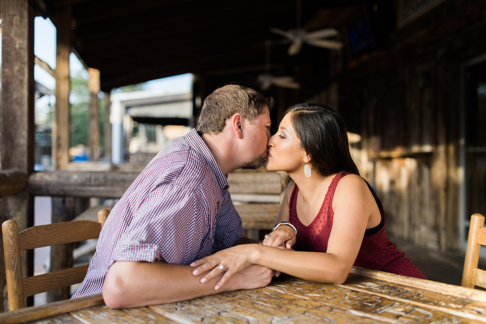 dixie-chicken-engagement-session-12