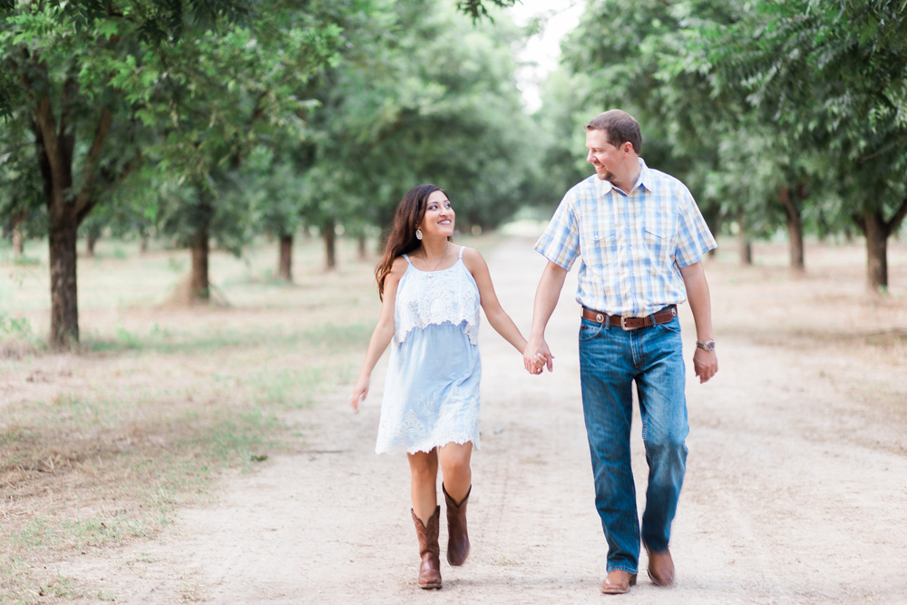 royalty-pecan-farms-engagement-session-05