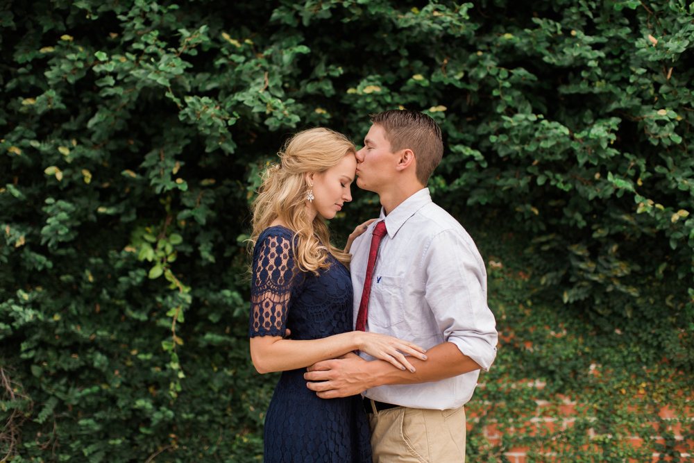 downtown-bryan-engagement-photography-04