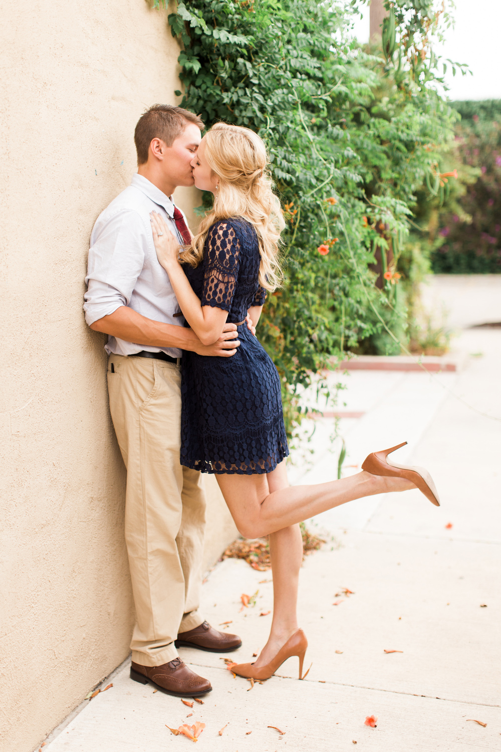 downtown-bryan-engagement-photography-07