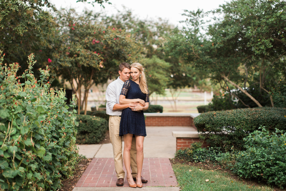 downtown-bryan-engagement-photography-15