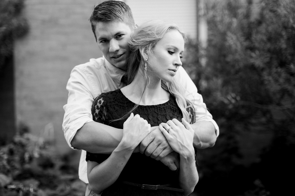 downtown-bryan-engagement-photography-16