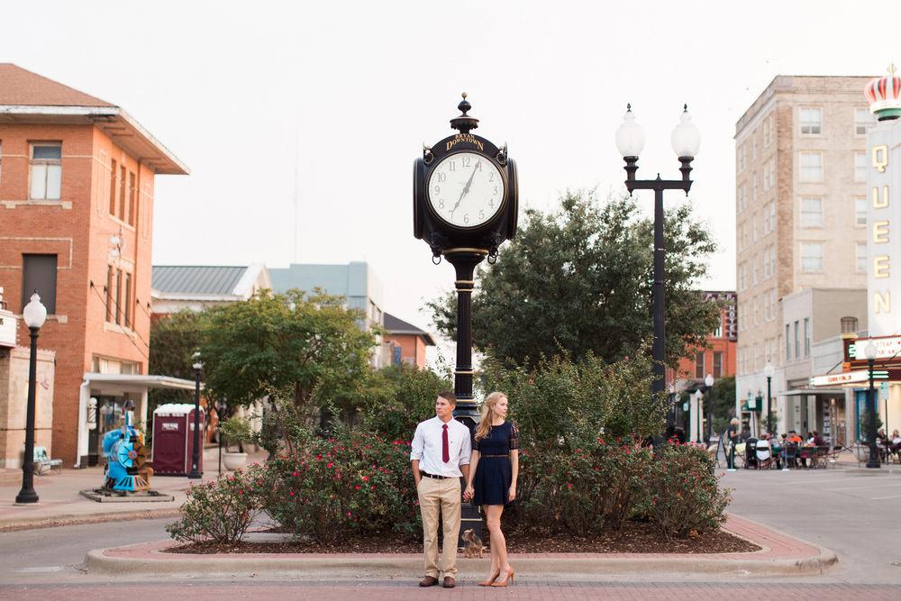downtown-bryan-engagement-photography-17
