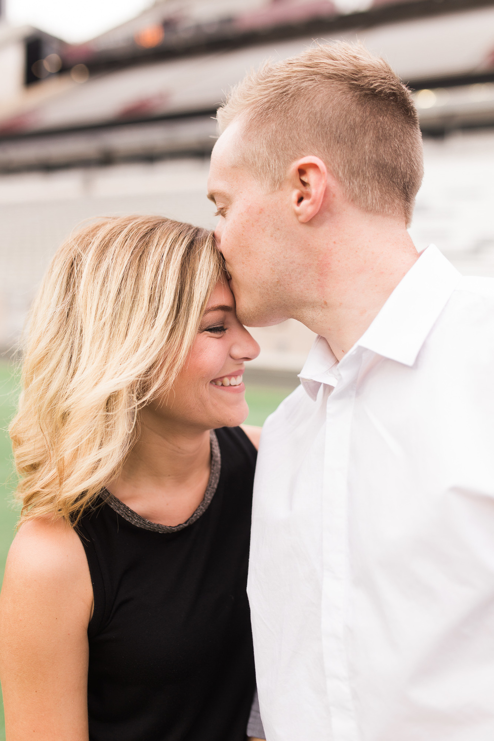 kyle-field-engagement-session-03