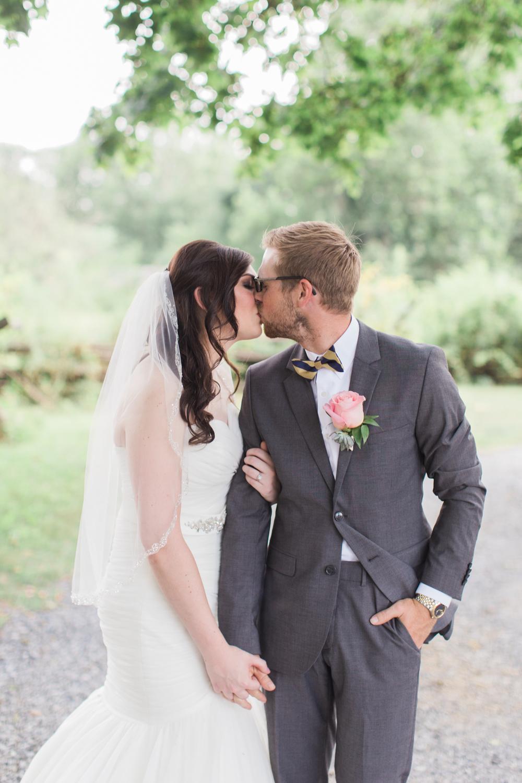 landis-valley-pennsylvania-wedding-40