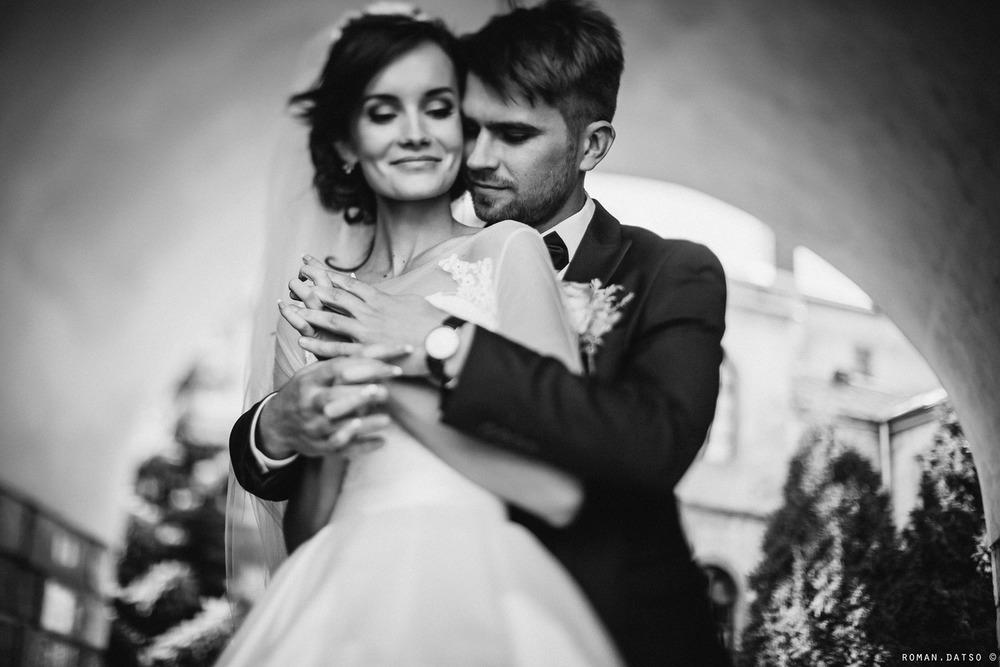 Весільна фотосесія (15).jpg