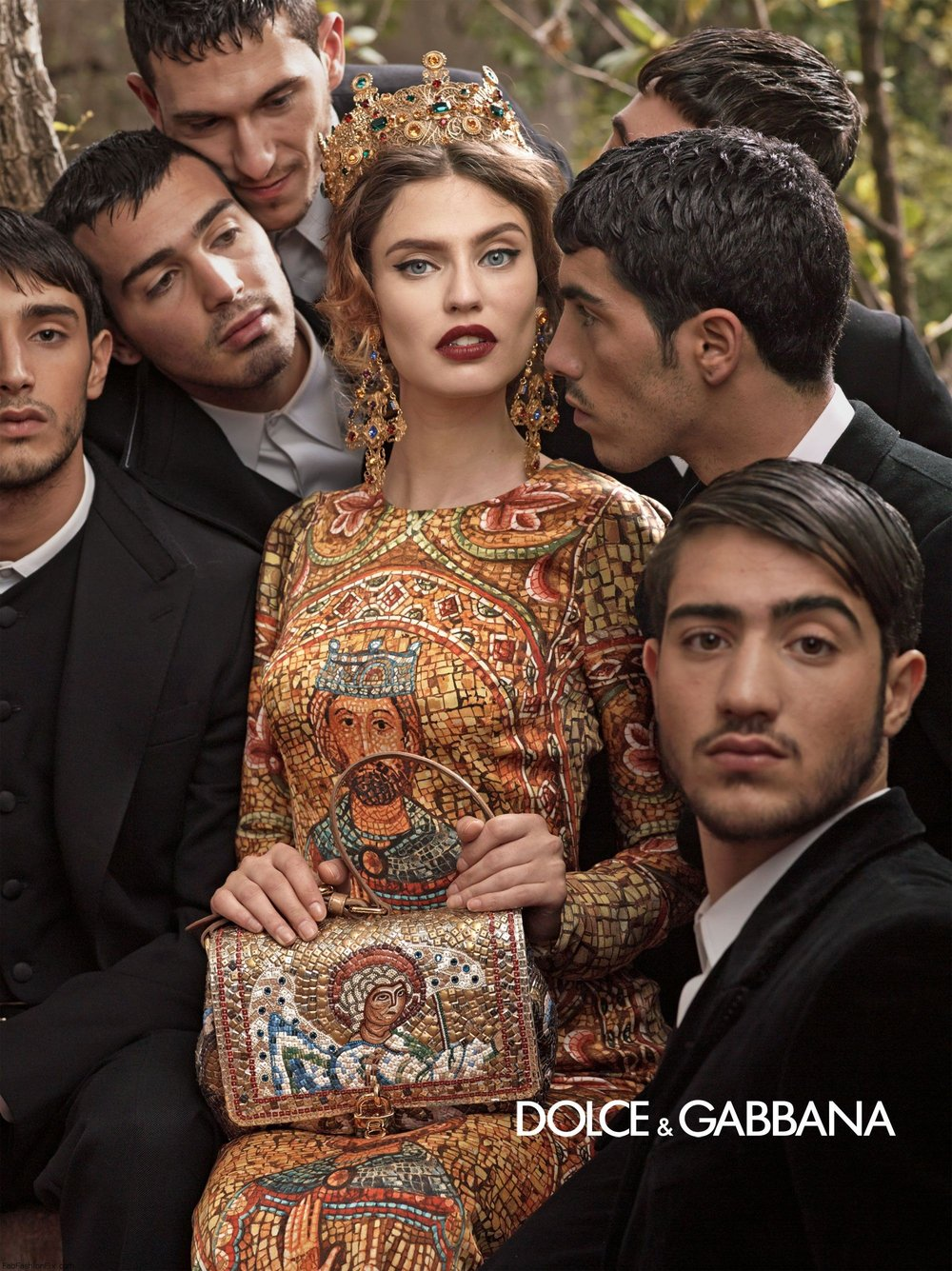 dolce-and-gabbana-fw-2014-women-adv-campaign-9.jpg